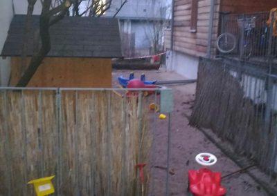 Der derzeitige Kinderspielplatz, für den momentan ein Ersatz gebaut wird.